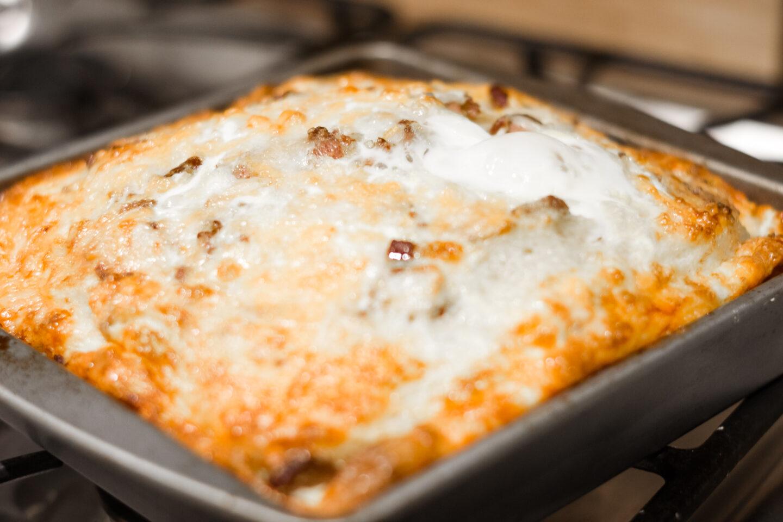 Eggs, sausage & Biscuit Casserole